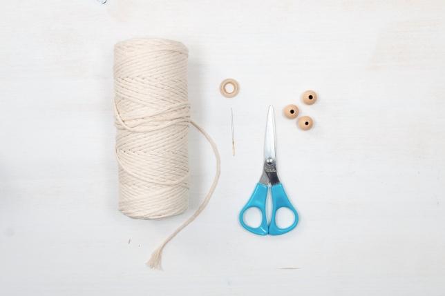 Benötigtes Material für die Makramee-Tannenbäumchen