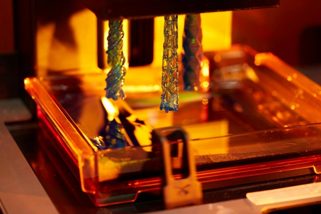 Stereolithografie Druckverfahren mit formlabs Drucker
